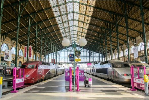 Париж темір жол станциясы Егер сіз саяхат Париж Ниццада пойызбен бастағанда