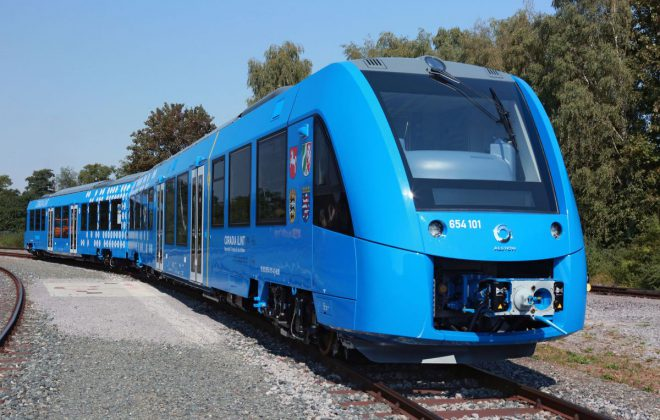 Alstom first hydrogen fuel low-riding train