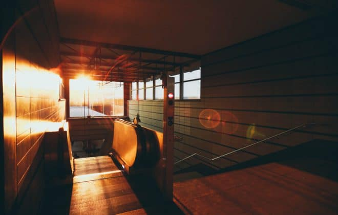 Train Sunlight - Top 10 Easy Tips for Train Riding Smart
