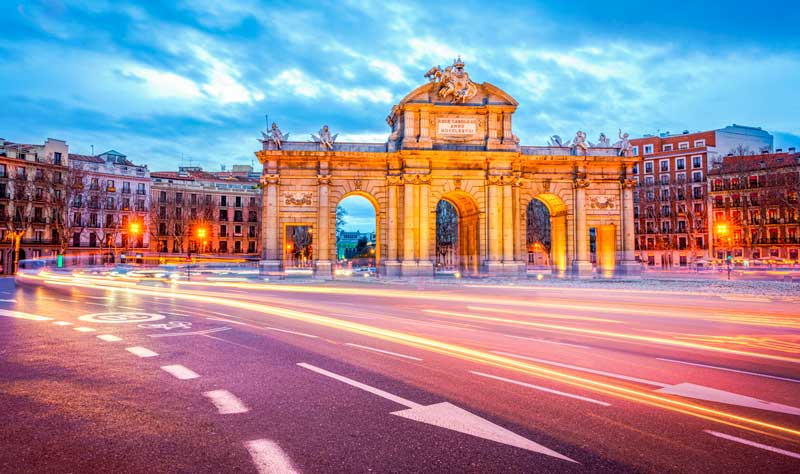 Spanyol dening Train: How to Buy Tickets & a Two Week Itinerary