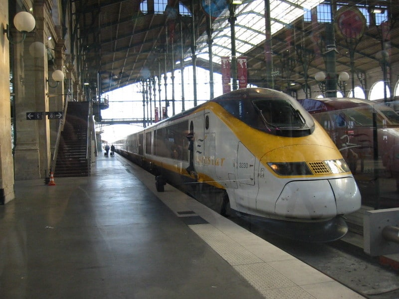 eurostar london ukuze paris isitimela
