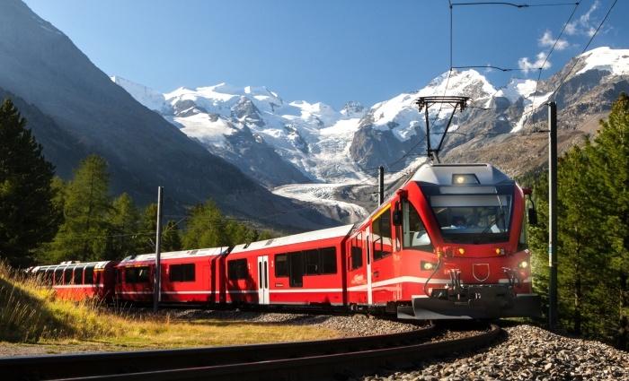 Travel Train minangka Nomad lan ndeleng views sange