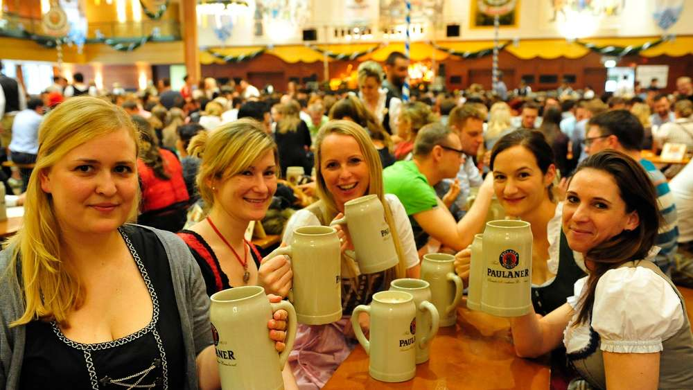 people drinking during Munich Strong Beer Festival