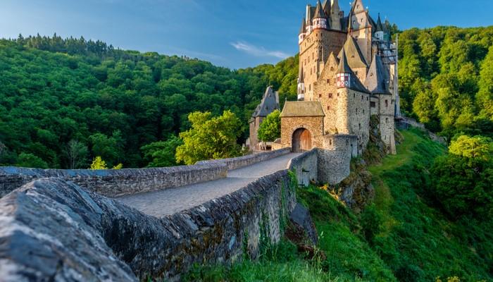 Burg Eltz castle