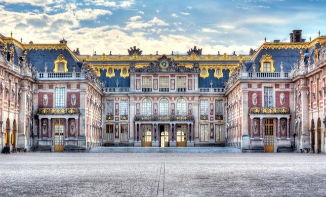 The Most Beautiful Palaces in Europe blog post feature image