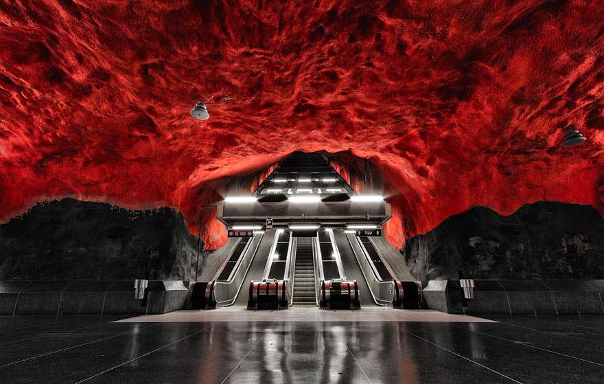 Subway escalators