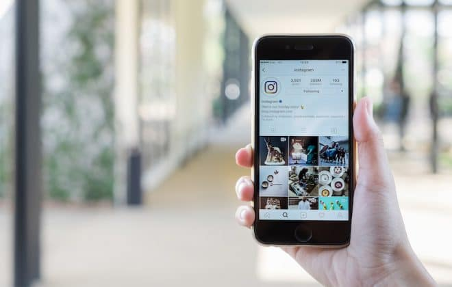 Show how to Instagram a photo correctly